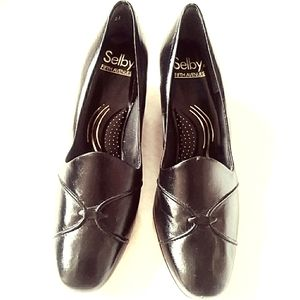 Selby Fifth Avenue leather pumps NWOT